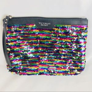 🆕 NWOT Victoria's Secret Sequined Clutch